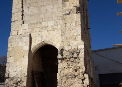 Restauración de la torre de la iglesia de Reinoso